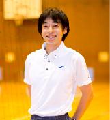 あべの翔学高校 運動クラブ 鈴木先生
